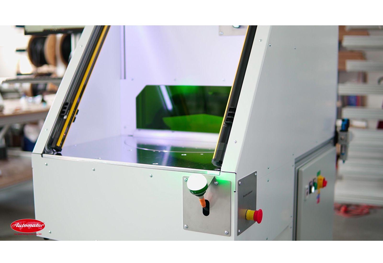 Лазерна работна станция с карусел